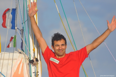 "Alessandro arrived at Les Sables july, 22 after 268d 19h 36' 12"" around the globe."